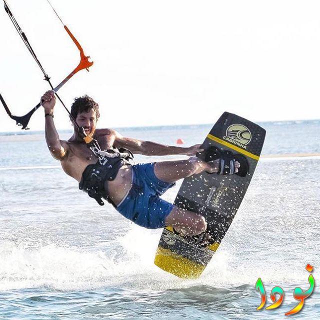 عمر الشناوي على البحر