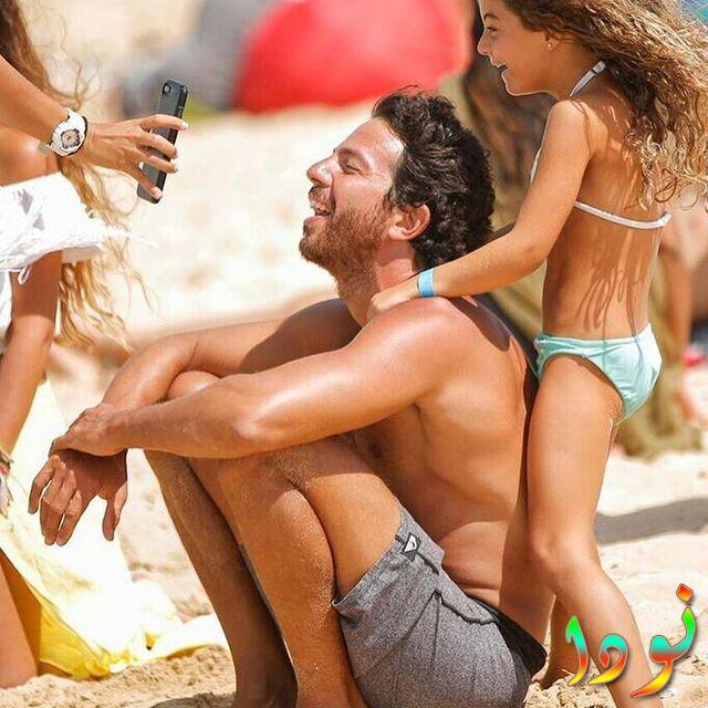 عمر مع ابنته
