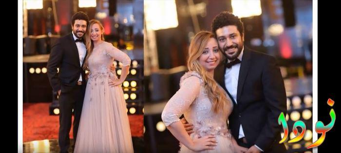 محمد عز وزوجته