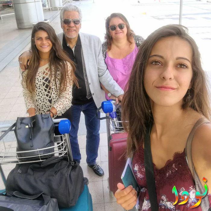 ميران مع والدها ووالدتها