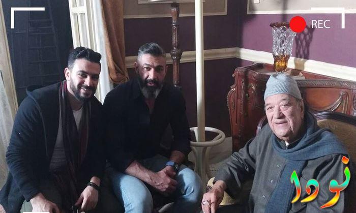 حسن حسني وياسر جلال وكريم الحسيني في كواليس مسلسل رحيم