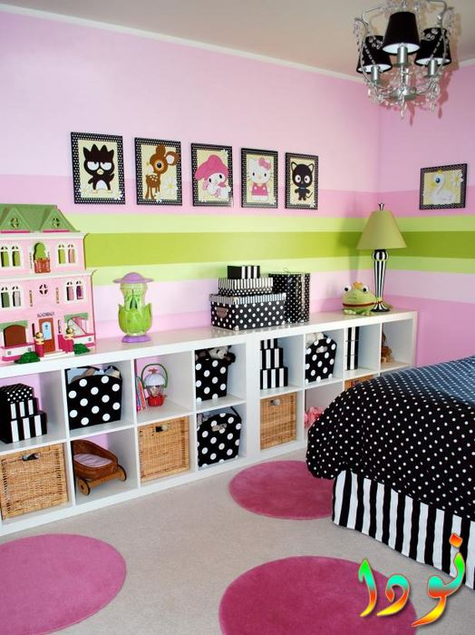 غرفة نوم للبنات باللون البينك