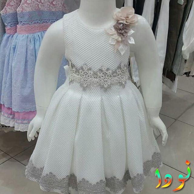 فستان أبيض جديد
