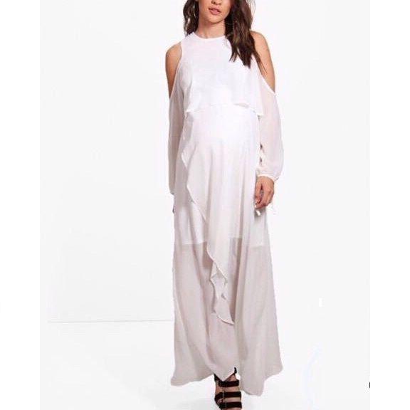 فستان أبيض طويل