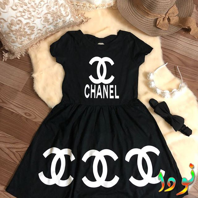 فستان باللون الأسود المودرن