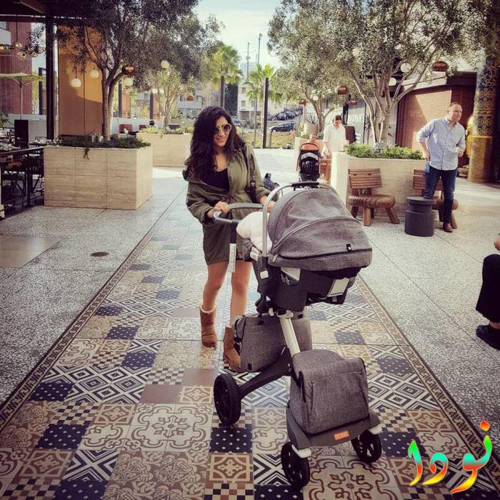 مي عمر مع ابنتها