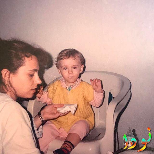 Eslem Akar ( إسلم عكار ) وهي طفلة صغيرة