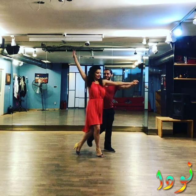 اريم التوغ تتعلم الرقص
