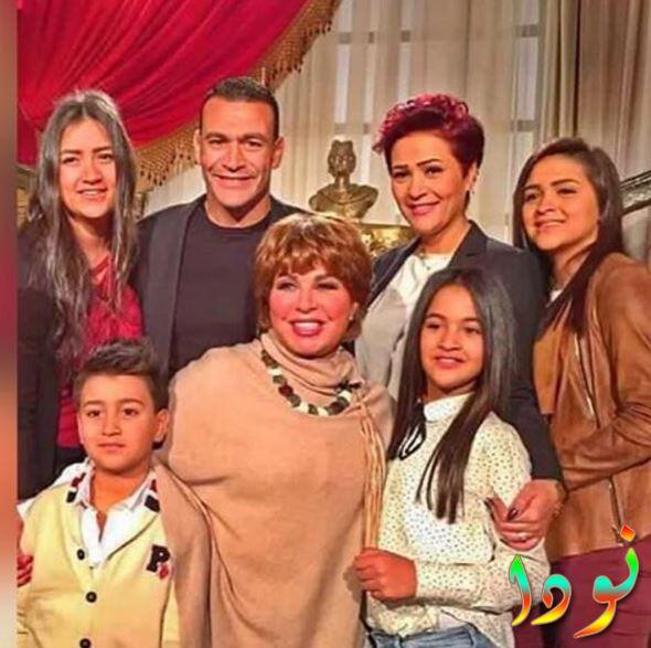 الحضري مع عائلته أولاده وزوجته
