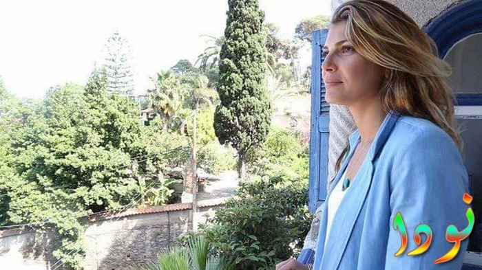 الممثلة الجزائرية زهرة حركات