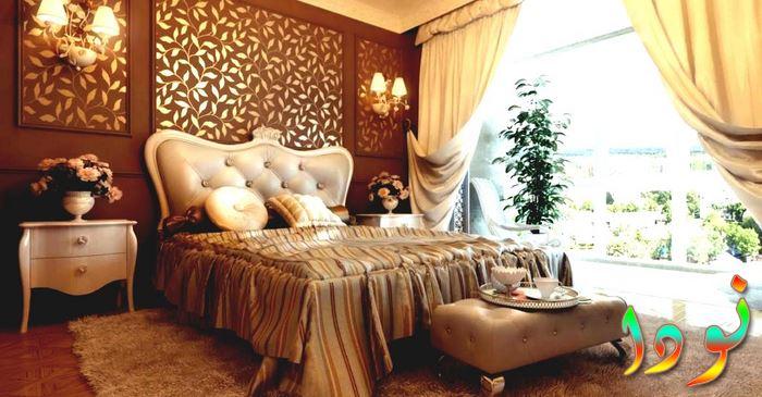 ديكور حوائط غرف نوم بني غامق