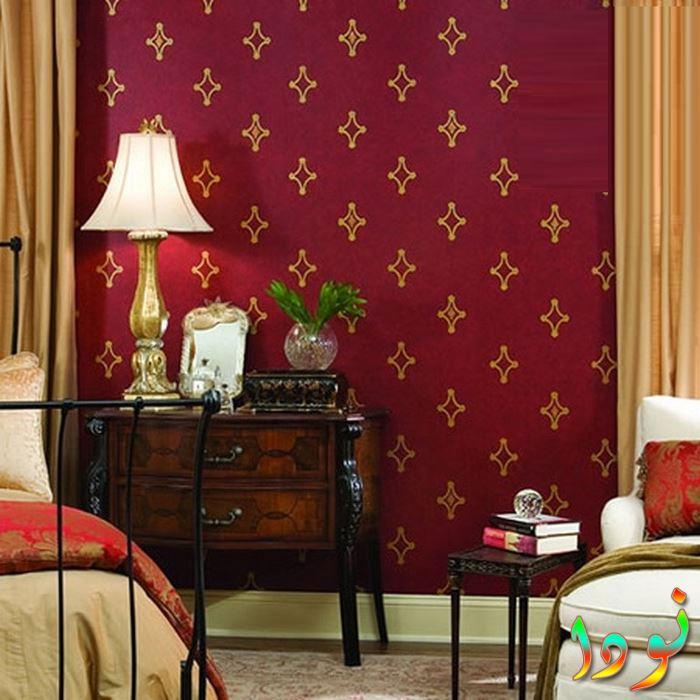شكل جديد من دهانات الحوائط الحمراء القطيفة
