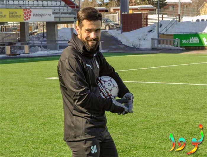 عبد الله السعيد يحصد جائزة أفضل لاعب