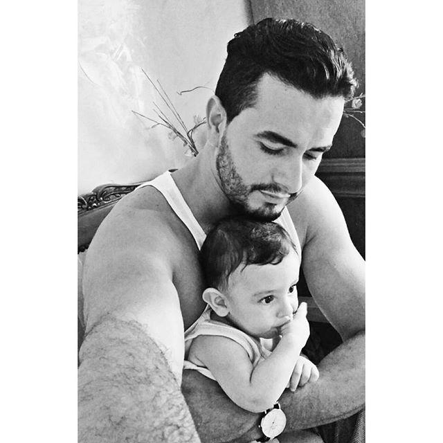 مالك يعقوب مع ابنه