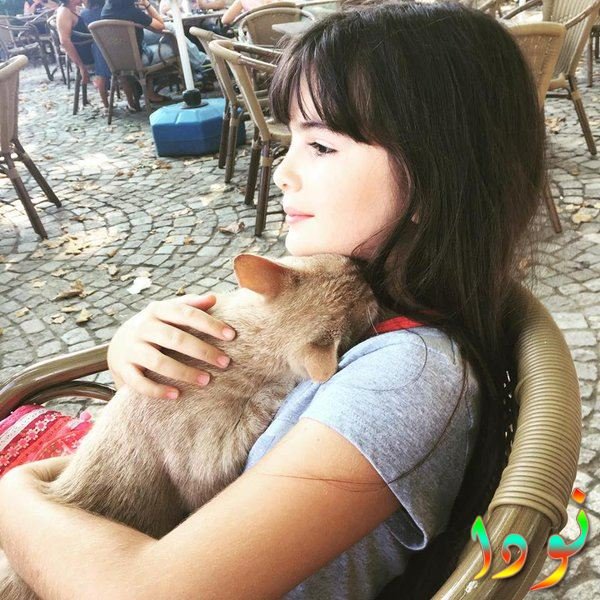 مليسا جيز سينجيز وقطتها