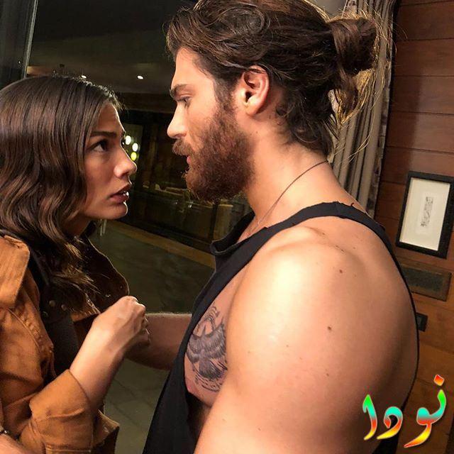 الفنان التركي جان يمان مع ديميت اوزدمير