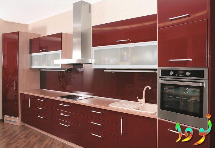 اللون النبيتي الغامق لمطبخ الوميتال للمطابخ الطويلة