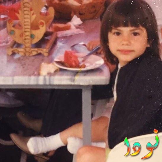 ديميت اوزدمير وهي صغيرة