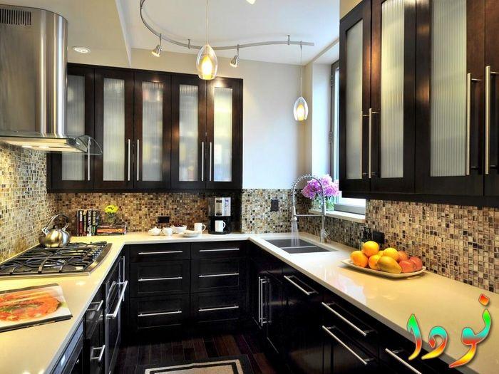 صورة لمطبخ الوميتال اسود