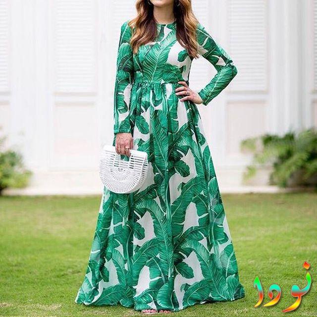 فستان أخضر شتوي بكم طويل مطبوع أوراق الشجر