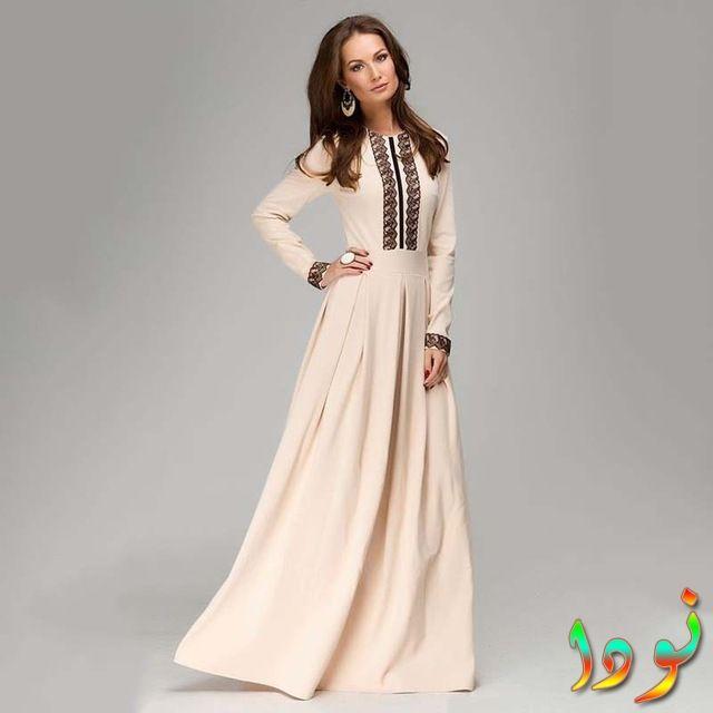 فستان على النمط السوري خريفي من الدانتيل الجديد