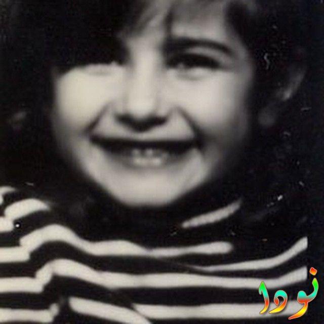 نسرين جوادزاده وهي صغير