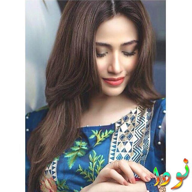 الممثلة الباكستانية سانا جافد