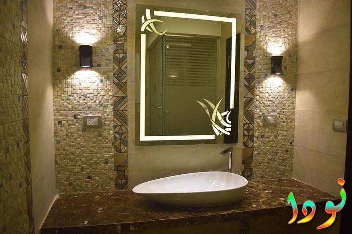 ديكور حمام حوض أبيض على رخام بني وسيراميك ديكور 2019