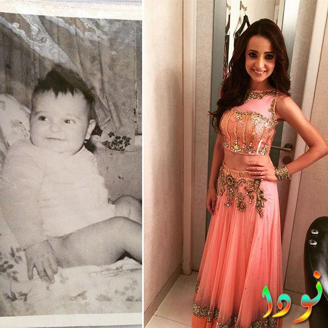 سنايا إيراني وهي طفلة صغيرة
