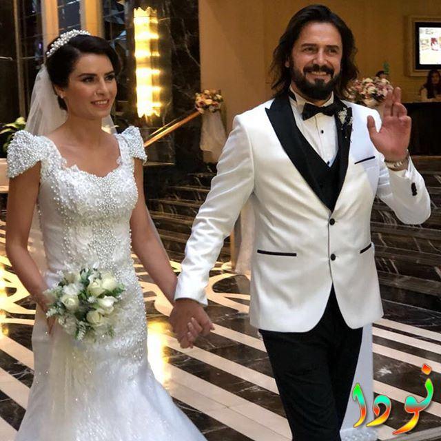 جيم اوتشان وزوجته