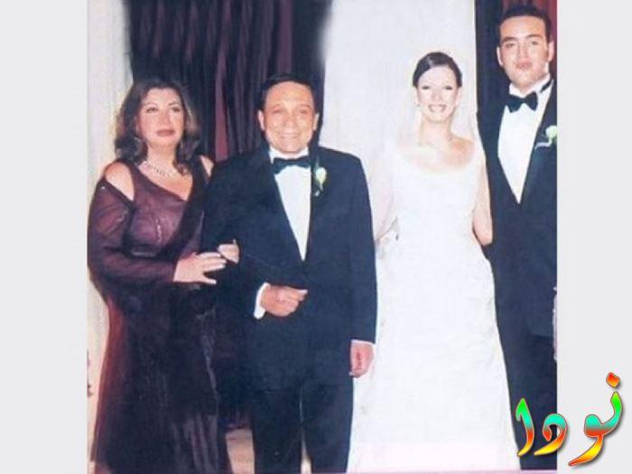 عادل امام وزوجته في حفل زفاف ابنته