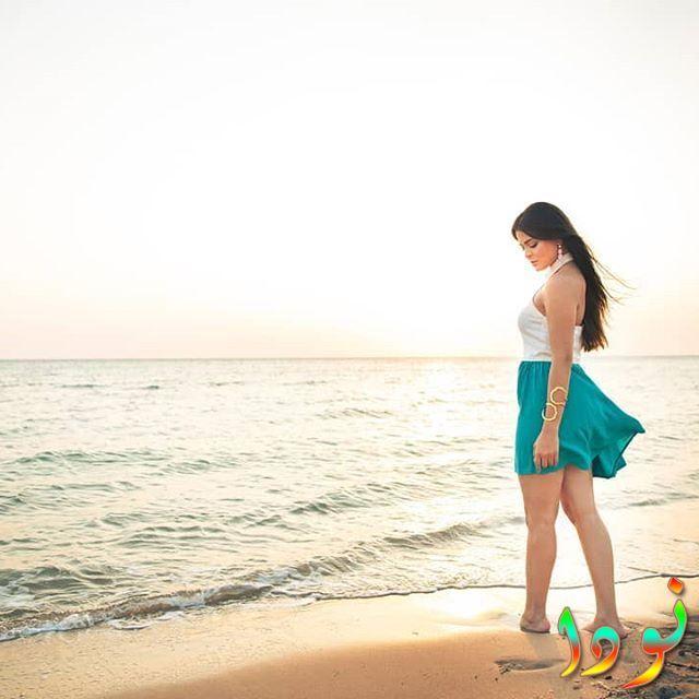 صورة الفنانة أسماء جلال على البحر