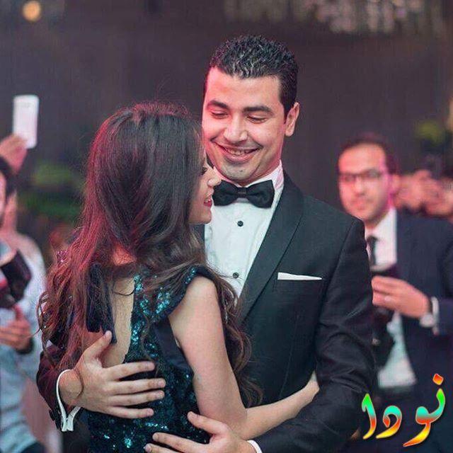 صورة جميلة لمحمد أنور وزوجته