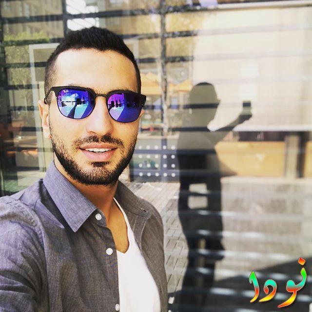 صورة سيلفي جديدة لمحمد الشرنوبي