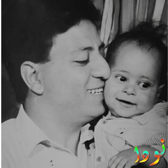 صورة نادرة لكريم عفيفي مع والده وهو طفل