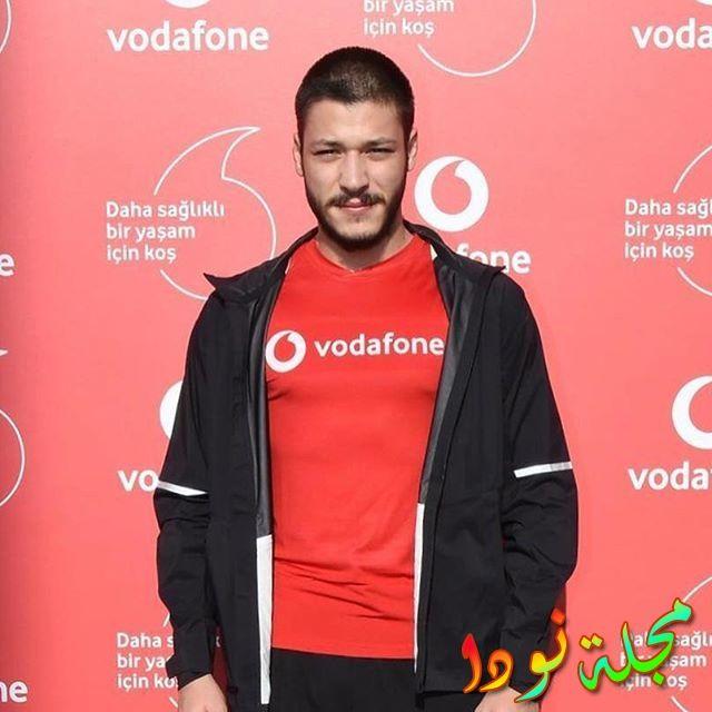 الممثل التركي كوبيلاي أكا بطل مسلسل الحفرة