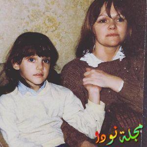 شاهد جمال مريم أوزرلي وهي صغيرة وجمال والدتها التي تشبهها كثيراً