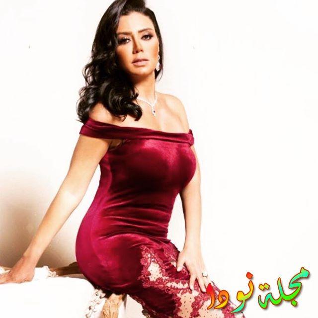 فستان رانيا يوسف القصير