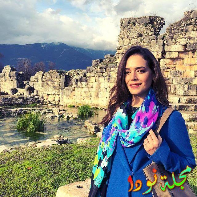الممثلة التركية إيبيك كارابينار