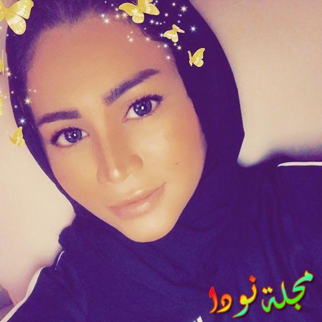 الفنانة قمر الترك بالحجاب