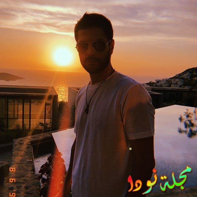 الفنان التركي سرحت تيومان