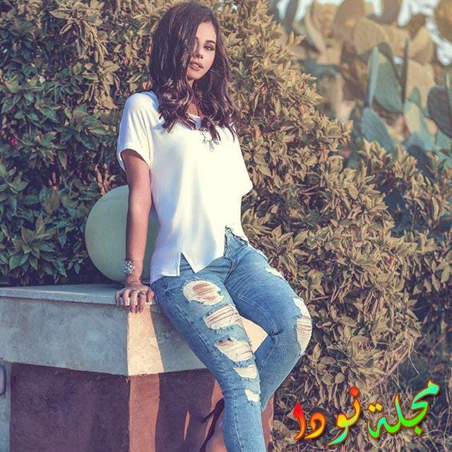الفنانة الشابة منة عرفة