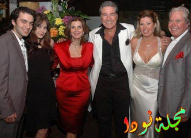 حسين فهمي ومصطفى فهمي وزوجاتهم