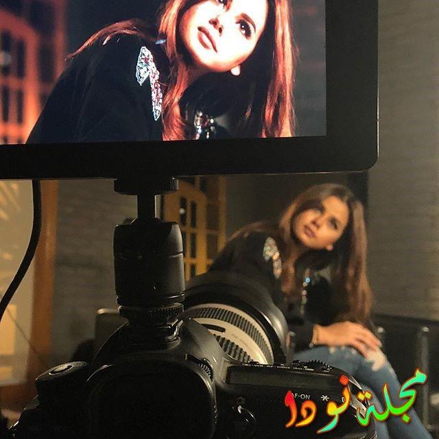 منة عرفة أثناء تصويرها عمل