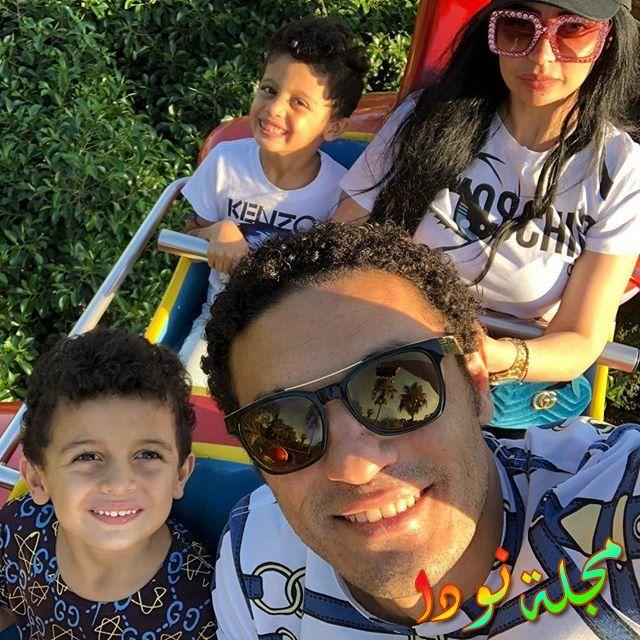 الفنان محمد علي وزوجته وأولاده