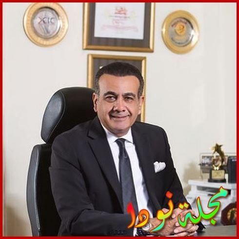 الإعلامي أسامة منير