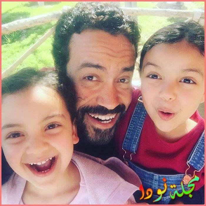 سامح حسين وبناته