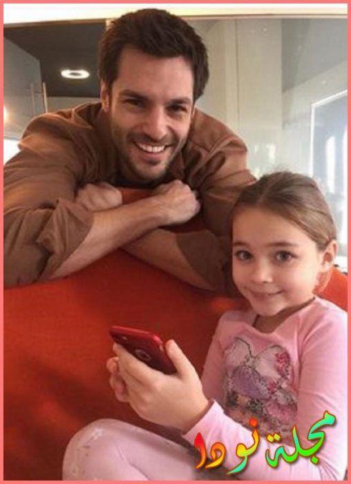 أحلى صورة لسركان تشاي اوغلو و الطفلة نيسا صوفيا