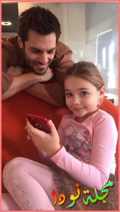 سركان تشاي اوغلو و الطفلة نيسا صوفيا