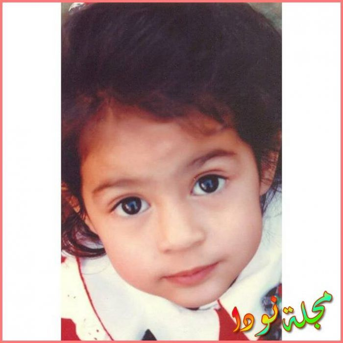 أنيا سينغ وهي طفلة